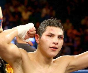 Boxeo: Pablo César Cano dejó en la lona a Jorge Linares en el primer asalto
