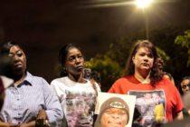Familiares de asesinados en Florida realizaron vigilia de Año Nuevo en memoria de sus seres queridos