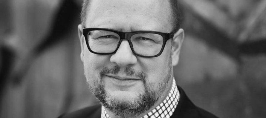 Polonia: Muere el alcalde apuñalado en un evento benéfico (video)