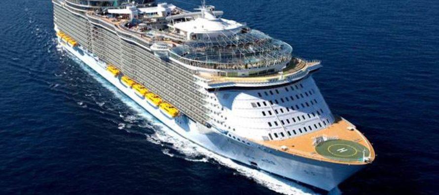 Murió un adolescente luego de caer desde el balcón de un crucero de Royal Caribbean