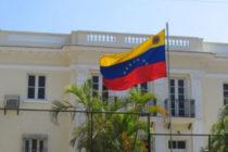Cónsul de Venezuela en Miami reconoce a Juan Guaidó como presidente