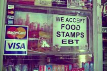 Rechazan en locales comerciales cupones de comida por cierre parcial del gobierno