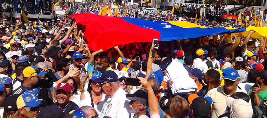 Senador Marco Rubio pide a militares permitir el paso de la ayuda humanitaria a Venezuela
