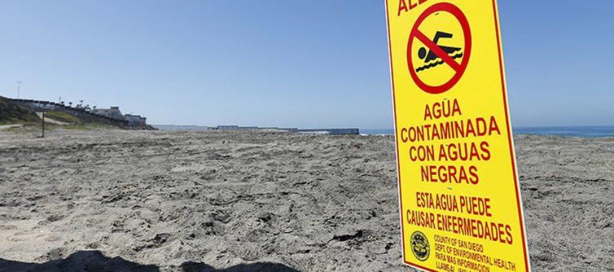 Alertan de contaminación con aguas residuales en las playas de Florida