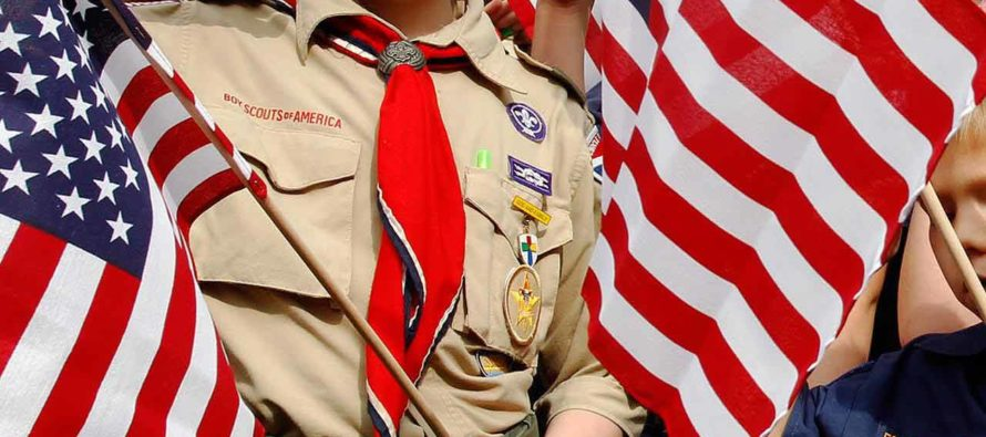 Por primera vez Boy Scouts de Palm Beach incluyen a las niñas para formar tropas