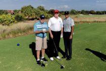 Donald Trump jugó golf este fin de semana en su campo de Florida