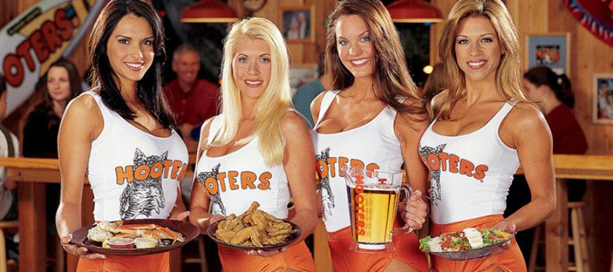 Hooters: destruye una foto de tu ex y te damos alas de pollo extras