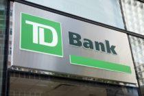 Ladrón cubierto con una mascarilla quirúrgica robó una sucursal de TD Bank en Hialeah