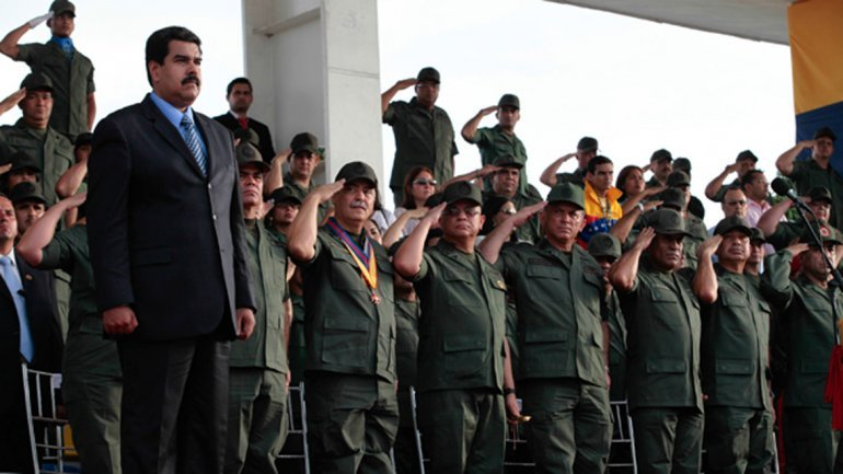 Rusia acusa a EEUU de preparar una intervención militar en Venezuela