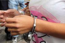 Solo en Florida: La arrestaron por agarrar el pene de su marido «con demasiada fuerza»