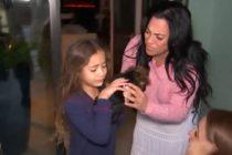 Niña se reencuentra con perrito robado en su casa en Miami-Dade