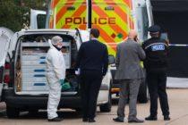 Encontraron 39 cadáveres en el contenedor de un camión en Reino Unido