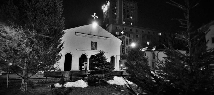 Sacerdote acusado por drogar y abusar sexualmente de una chica