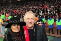 Salma Hayek se hizo viral al publicar su celebración por el  título de Rennes