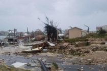 """En Bahamas """"ya se siente el olor a muerte"""" que dejó el huracán Dorian"""