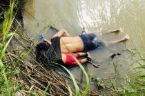La foto que sacudió al mundo: Un padre y su hija de 2 años ahogados a orillas del río Bravo