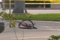 Murió ciclista tratando de agarrar un camión en movimiento en Broward