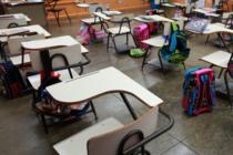 Presentan propuesta para ayudar a las familias de maestros víctimas de ataques armados