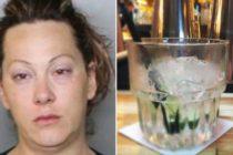 Mujer dejó a sus cinco hijos encerrados en un carro mientras bebía en un bar