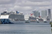 Guardia Costera de EEUU: Cruceros deben permanecer indefinidamente en el mar
