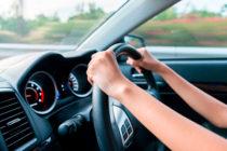 Escuela de Justicia del MDC ofrece curso avanzado de seguridad en la conducción para adolescentes