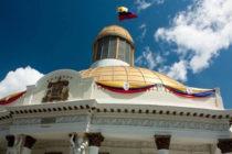 AP: Lucha de poderes en Venezuela por la Asamblea Nacional