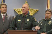 Alguaciles correccionales de Florida firman para ayudar con las detenciones de inmigrantes ilegales