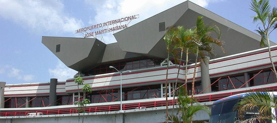 Detenidos cubanos en el aeropuerto de la Habana por transportar droga