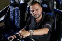Alex Vega ofrece $10 mil para capturar a quien le disparó en Miami