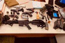 Hombre se declaró culpable de poseer 'arsenal' de armas en South Beach