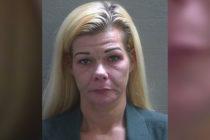¡Desalmada! Mujer de Florida abandona a su hijo sin agua ni luz en casa por 9 días