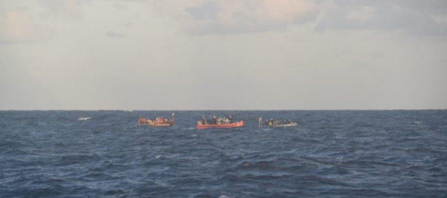 Rescataron 26 cubanos a punto de naufragar en los Cayos de Florida