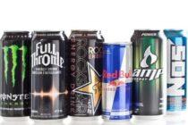 ¡SIN PALABRAS! Profesor muestra como quedó su lengua luego de consumir 6 tipos de bebidas energéticas
