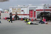 Bomberos de Miami-Dade realizaron simulacro de desastre en aeropuerto internacional de Miami