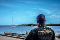 Patrulla Fronteriza detiene 11 indocumentados cubanos tras desembarcar en la costa oeste de Puerto Rico