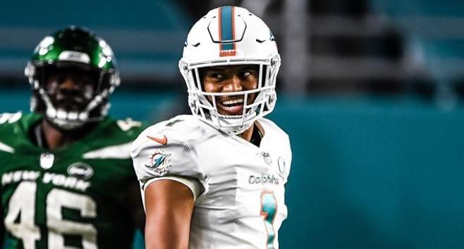 Dolphins blanquean a los Jets, que siguen sin saber ganar