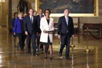 Caravana demócrata llevó cargos contra Trump al senado
