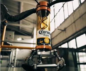 Cerveza Corona detiene su producción por pandemia del coronavirus