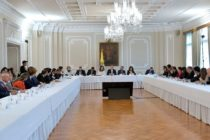 Colombia en Cápsulas: La Gran Conversación Nacional