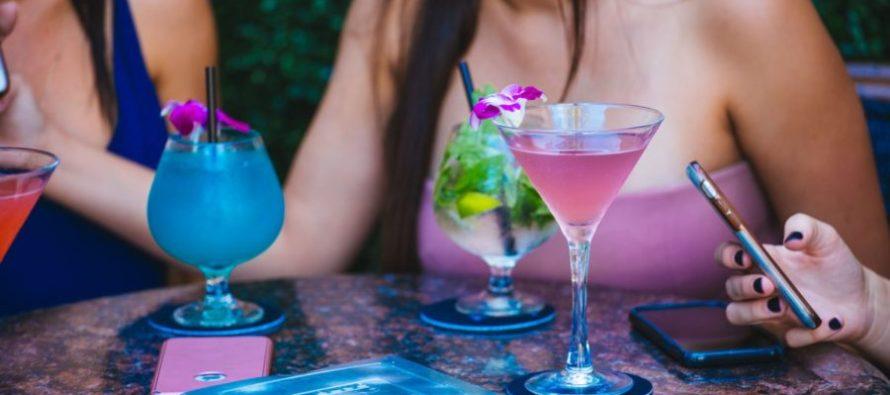 ¿Te gustaría divertirte gratis? Te dejamos las cinco mejores fiestas para chicas en Miami donde no tendrás que gastar dinero