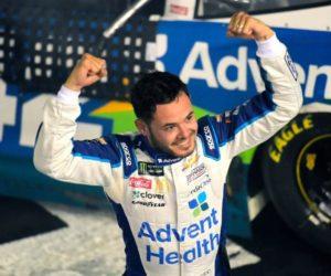 ¡Increíble! Una pelea entre dos pilotos opacó la carrera del NASCAR