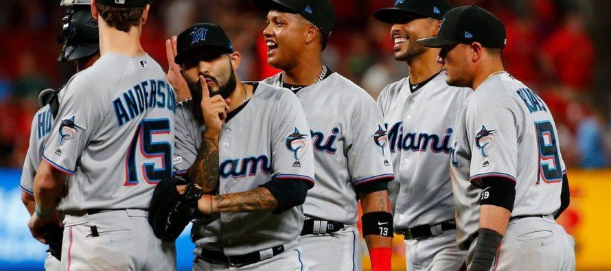 Los Marlins vencieron 7-6 a los Cardinals en 11 innings
