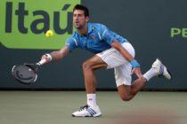 Novak Djokovic y John Isner siguen su paso firme en el Miami Open