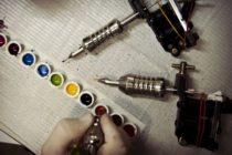 FDA advirtió sobre el uso de tres tipos de tintas para tatuajes que están contaminadas