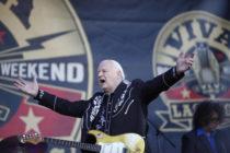 Murió Dick Dale el rey de la música surf rock, a los 81 años