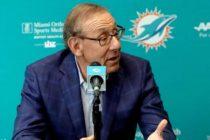Dueño de Miami Dolphins defiende su apoyo a Donald Trump
