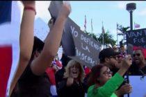 Por suspensión de elecciones: Dominicanos protestaron en el centro de Miami