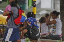 Rescatan a 28 menores venezolanos en condición de mendicidad en Colombia