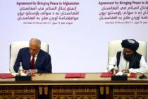 EEUU firmó acuerdo con talibanes para poner fin a la guerra en Afganistán
