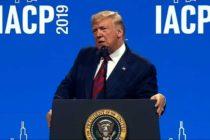 Trump en su visita a Chicago aseguró que la ciudad es una vergüenza para los EE UU